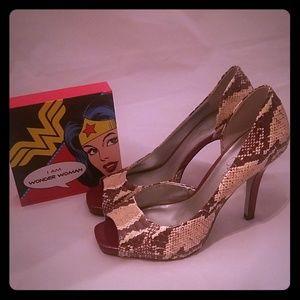 7585bc8962a2 Women s Jessica Simpson Snakeskin Heels on Poshmark